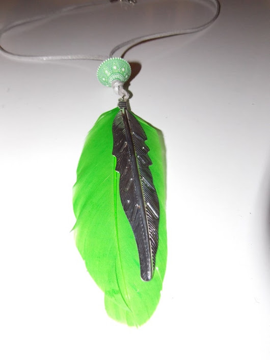 Green Feather Necklace  Green Christmas by KatalynaGonzalez