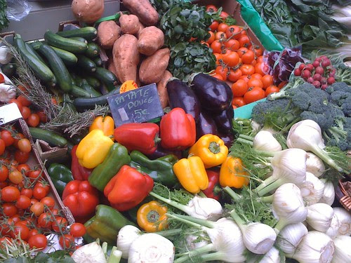 Sunday market in Paris: all organic food