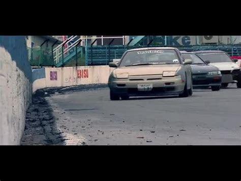 Ford Mustang Shelby Gt500 Vs Bugatti Veyron