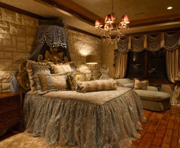 Top Graphic of Tuscan Style Bedroom | Patricia Woodard