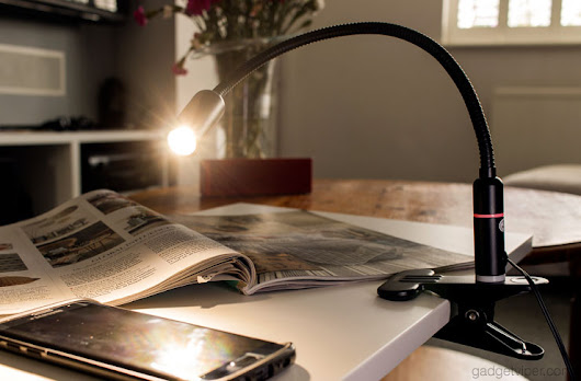 Aglaia Gooseneck LED Clamp Light - An Efficient Dimmable Clip-on Lamp