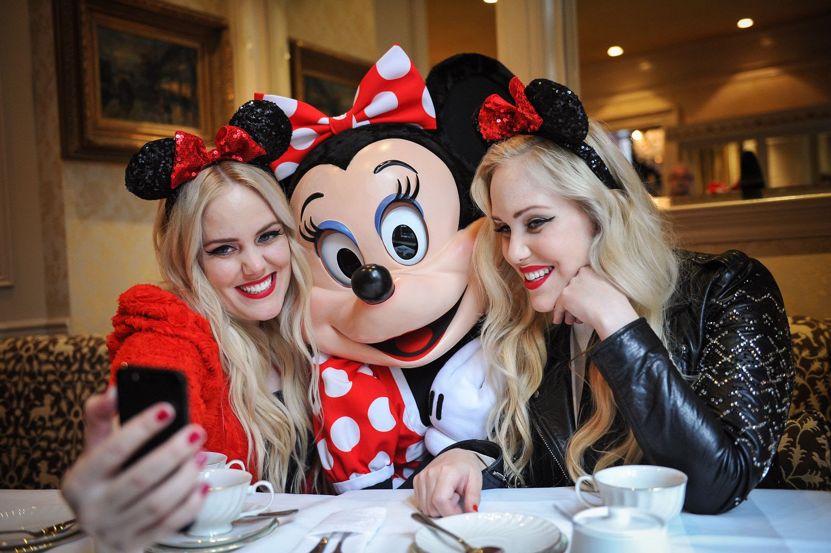 photo minniestyle-minniemouse-disney-beckermanblog-cailliandsambeckerman-disney-worldmastercardfashionweek-toronto-9_zpsc21cff63.jpg