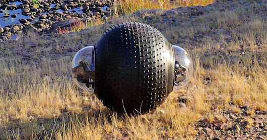 Like a rolling stone: A surveillance robot that can travel on any terrain