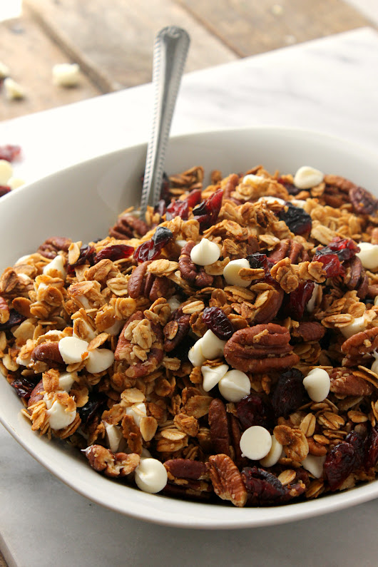 White Chocolate Cranberry Pecan Granola Cereal | Natural Chow