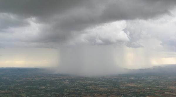 87 Gambar Awan Hujan Paling Keren