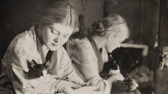 Olga Ivínskaia, a la edad de 30 años. Moscú, 1942.