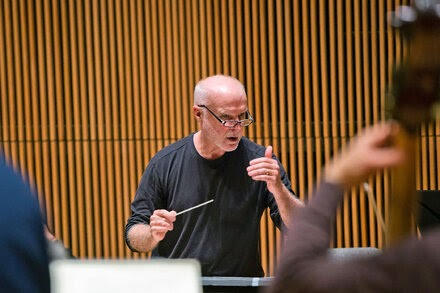 Donald York, Musical Director of Paul Taylor Company, Dies at 73