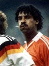 Rijkaard: World Cup loogie