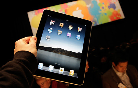 Apple, iPhone, iPad, trốn thuế, cấm nhập khẩu, Mỹ, sách điện tử