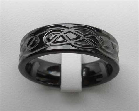 Men's Black Celtic Wedding Ring : LOVE2HAVE in the UK!
