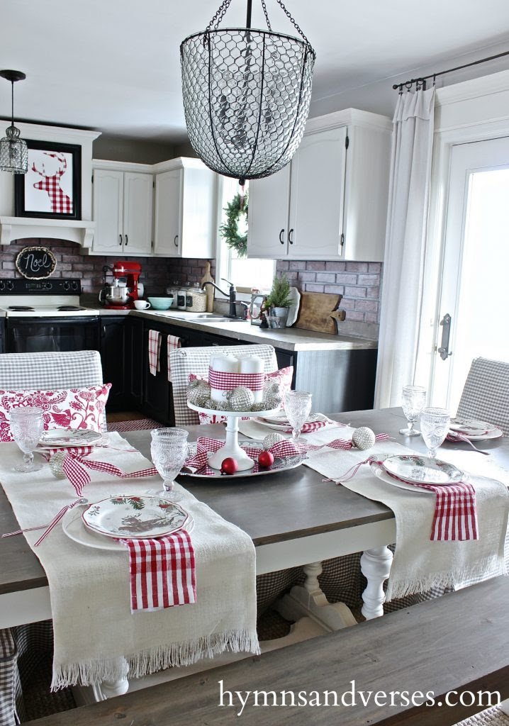 christmas-dining-room-table