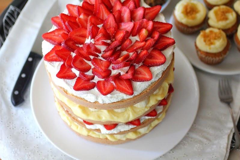 Strawberry Banana Cream Cake Filling