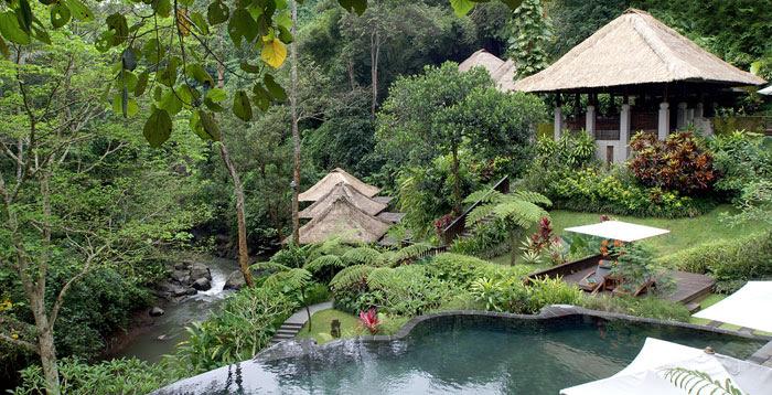 maya ubud lagoon pool 3