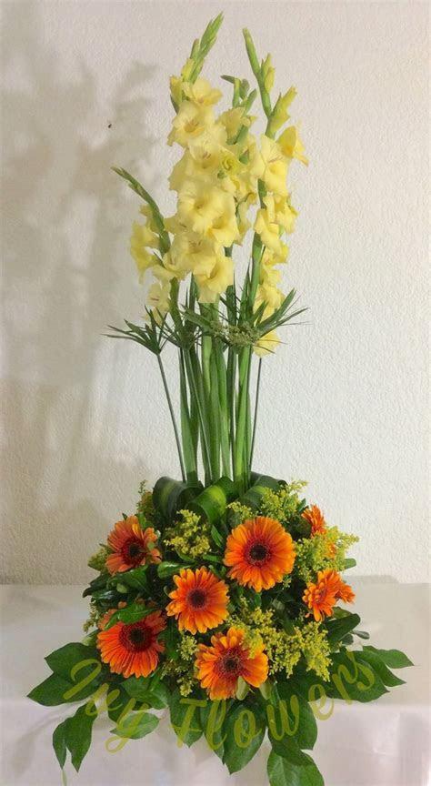 Best 25  Gladiolus arrangements ideas on Pinterest