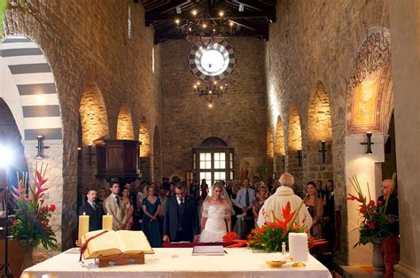 Catholic church wedding in Florence   Tuscany ceremonies
