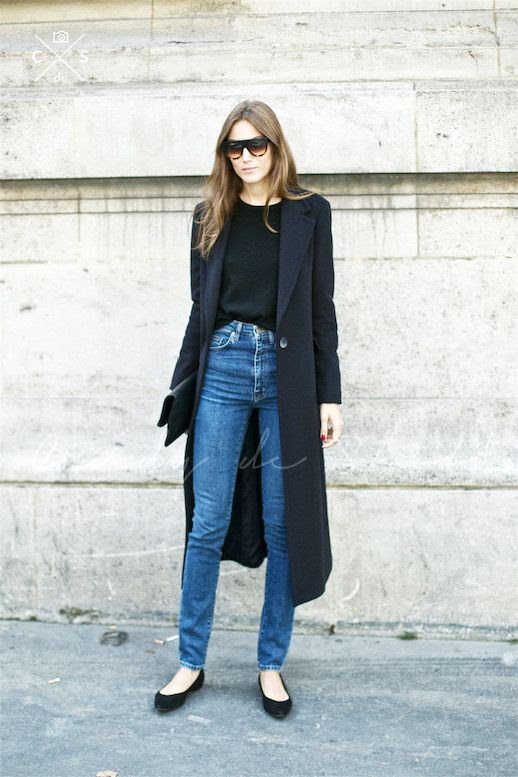 Le Fashion Blog Street Style Paris Fashion Week Giorgia Tordini Black Maxi Coat High Waisted Denim Pointed Toe Flats Via Candy De Shot
