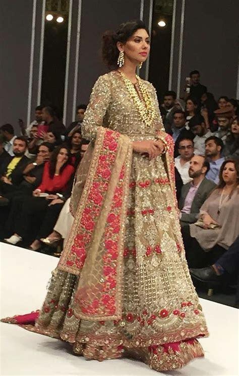 1000  ideas about Pakistani Designer Clothes on Pinterest