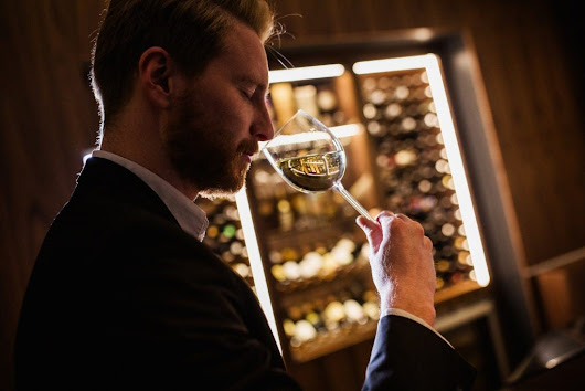 How to Become a Sommelier by Sara Mariani
