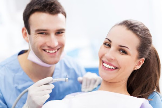 How Are Teeth Whitened at the Dentist Office? Why a Professional Teeth Whitening Procedure Is Safe