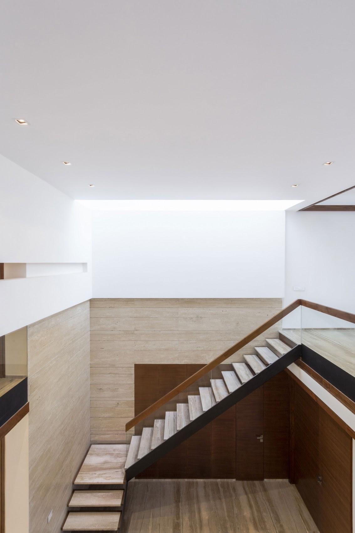 Stone Staircaseinterior Design Ideas