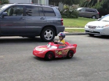 Geeky Dad Transforms Son\u002639;s Lightning McQueen Power Wheels Into Mini Sports Car  TechEBlog