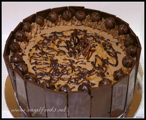 25  best ideas about Chocolate mud cake on Pinterest   Mud