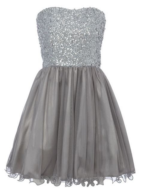 girls prom dresses age