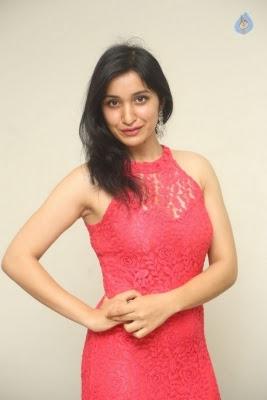 Sakshi Kakkar New Photos - 16 of 35