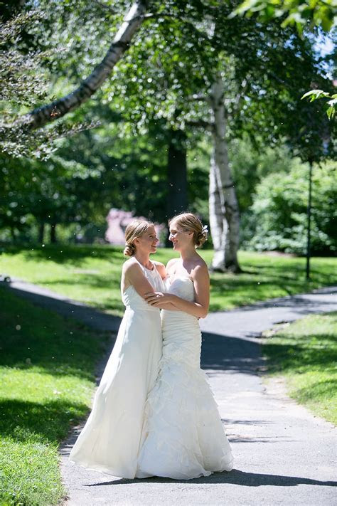 Mount Holyoke College Summer Wedding: Cate and Cathrine