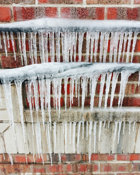 Killer icicles from the recent -22C weather we had... - Colorado Kate