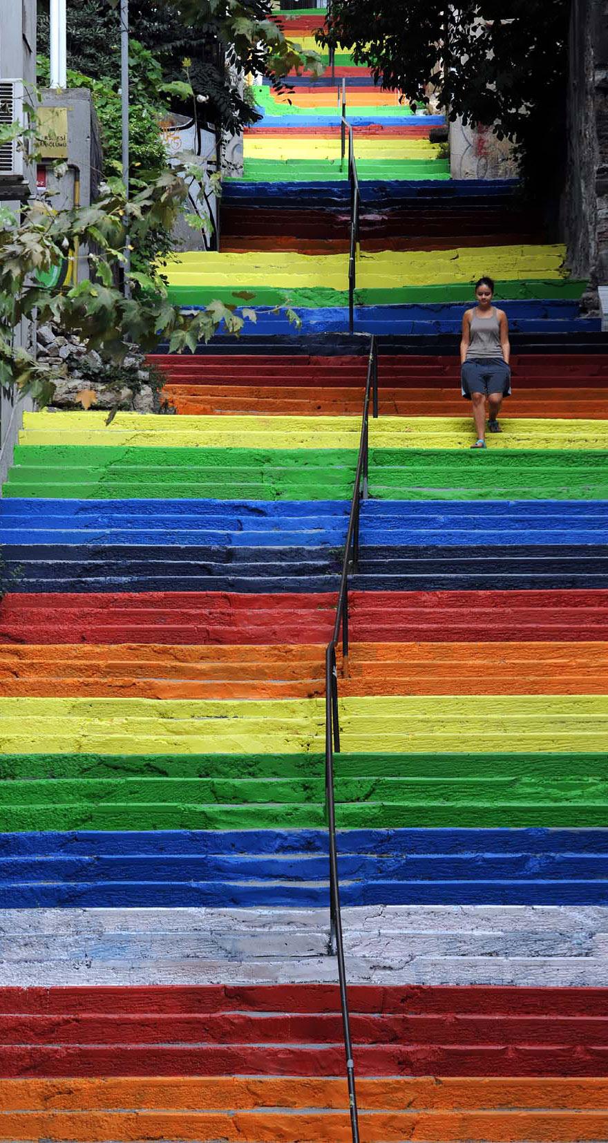 http://www.boredpanda.com/most-beautiful-steps-stairs-street-art/?image_id=creative-stairs-street-art-15-1.jpg