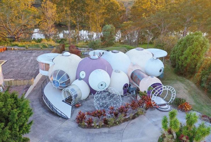 В Австралии продается футуристический дом из пузырей