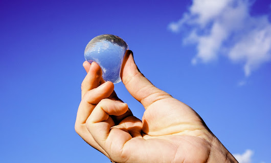 Edible water bottle to cause a splash at EU sustainability awards