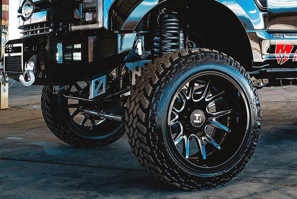 Hostile H113 Rage Wheels Blade Cut Rims