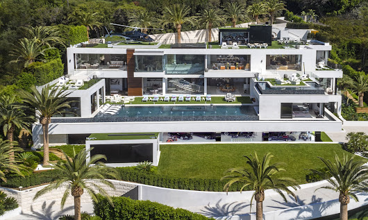Wow!  Most expensive home in America just listed for $250 million