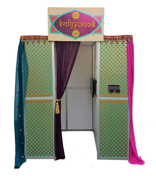 QuirkyPhotoBooths Presents the stunning Bollywood Booth - Quirky Photo Booths