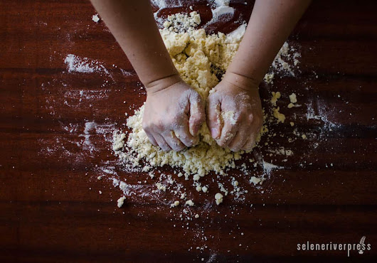 How to Introduce Kids to the Kitchen - Selene River Press