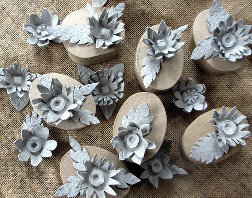 more egg carton flowers!