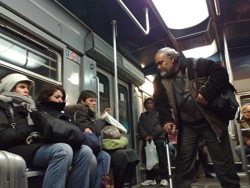 Una moneta in metro by durishti