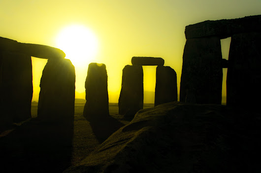 Nothing Special: Photo A Day #8 -- Stonehenge Sunrise Inside the Circle -- 8 January 2016
