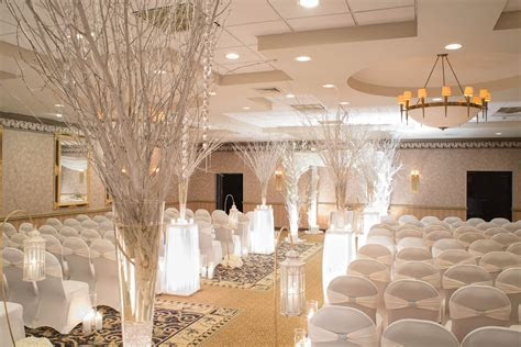 Stylish Ideas for a Stunning Wedding Ceremony Space   East
