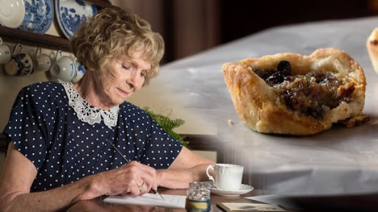 Canadians receive long-awaited apology from person who first added raisins to butter tarts | CBC Comedy