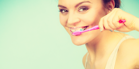 5 Reasons Why Your Teeth Are Changing Color