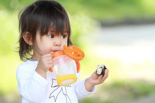 Transitioning From Bottles To Sippy Cups: MI Pediatric Dentist