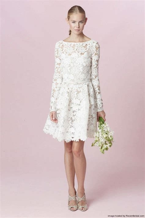 Oscar de la Renta Fall 2015 short wedding dress with long