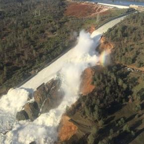 Resultado de imagem para represa na california