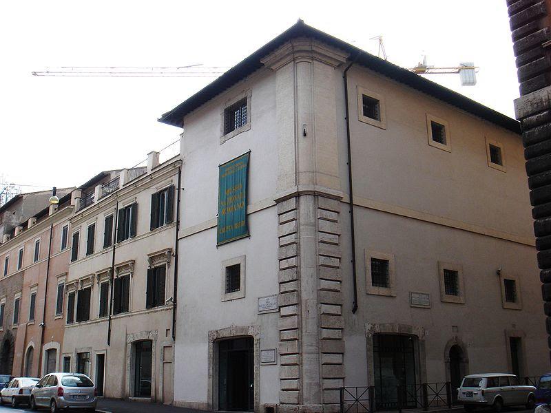 Pigna-s Angelo - via delle Botteghe oscure - crypta Balbi 00738.JPG