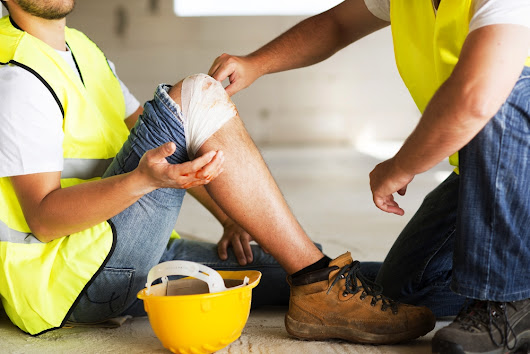 6 of the Best Tips to Reduce Workplace Injuries | The Local Brand®