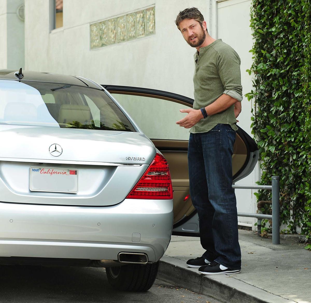 Gerard Butler - Mercedes Benz S400