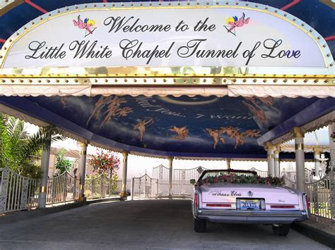 A Little White Wedding Chapel   Wikipedia